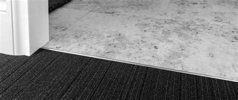 dividers carpet  hardfloor