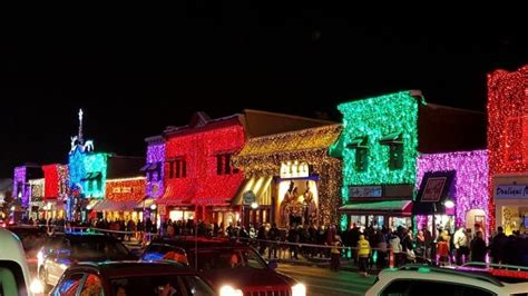 best christmas lights in michigan here are the top 9 towns in michigan