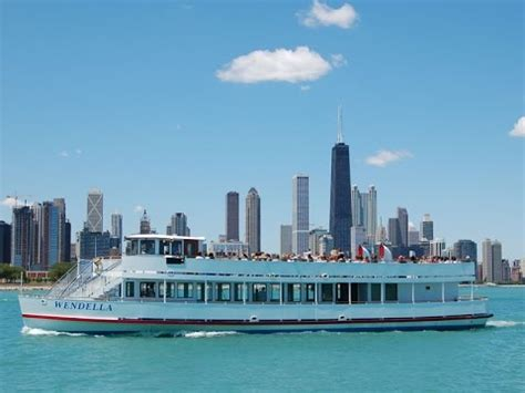 chicago architecture boat tour lake wendella s boats chicago river and lake tour youtube