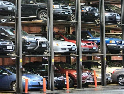 Tempat Sah Mobil 7 barang yang tak begitu berguna tapi dijual dengan harga