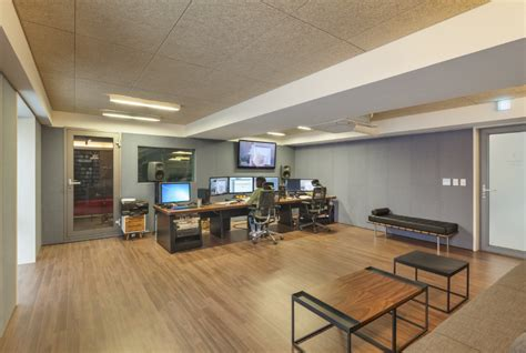 Recording Studio Interior by Nonhyun Limelight Consulting In Seoul By Dia