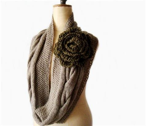 what goes around 5 circular scarf knitting tips and patterns