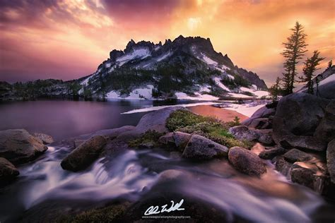 Mountains Landscape Photography Gallery