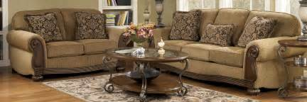 Livingroom Furnature Buy Ashley Furniture 6850038 6850035 Set Lynnwood Amber