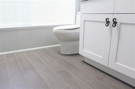 wood floor tile bathroom porcelain tiles that look like hardwood floor