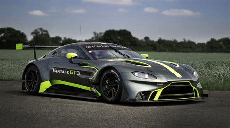 Aston Martin Vantage Gt3 by Aston Martin Vantage Gt3 Gt4 Unveiled At Lemans