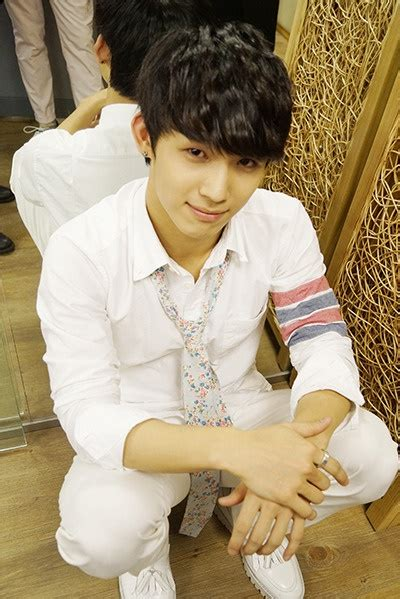Things To When In Jae Sik 1000 images about btob hyunsik on in