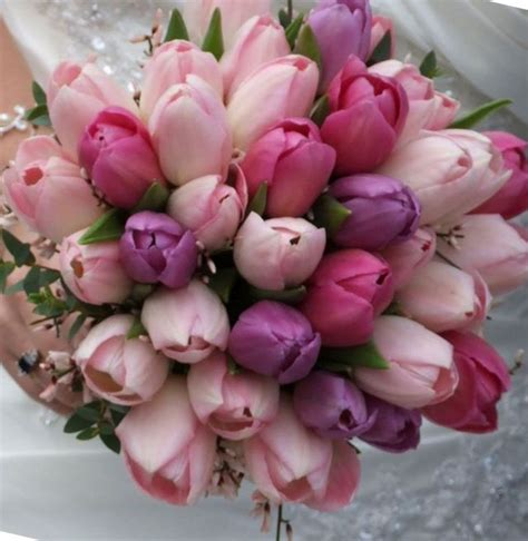 Wedding Bouquet Tulips by Wedding Flower Bouquets Tulips