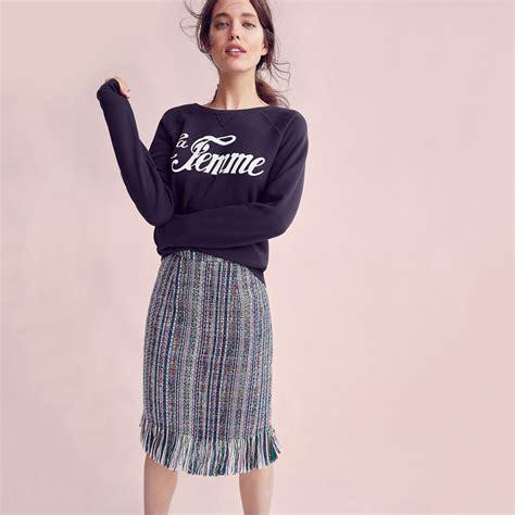 ensemble sweatshirt and pencil skirt report