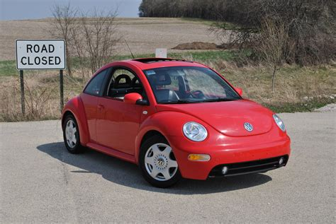 volkswagen new beetle red reddragontdi 2001 volkswagen new beetlegls tdi hatchback