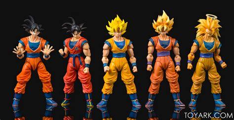 Sdcc 2015 Shf Z Goku Frieza Saga Ver sdcc 2015 exclusive goku frieza saga version the toyark news