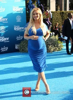 holly madison pictures | photo gallery | contactmusic.com