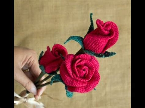 youtube a pattern of roses attractive crochet rose flower with rose bud leaf