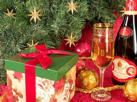 christmas new year gift chagne box wallpaper