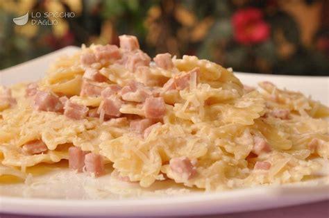 ricette primi piatti con panna da cucina ricetta pasta cotto e panna le ricette dello spicchio