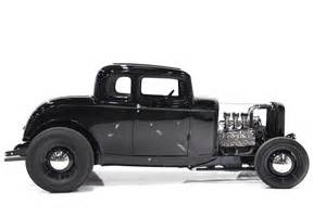 Most Comfortable Coupe 1932 Ford 5 Window Rod