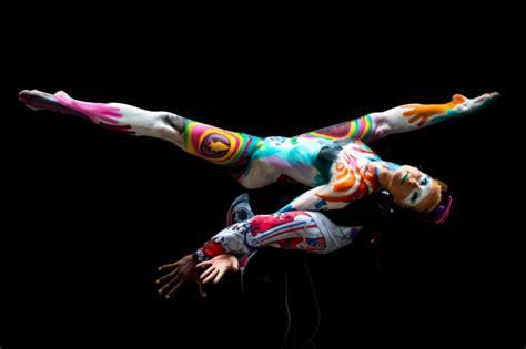 world bodypainting festival festival melukis tubuh di austria corpi nudi dipinti con colori accesi va in scena il