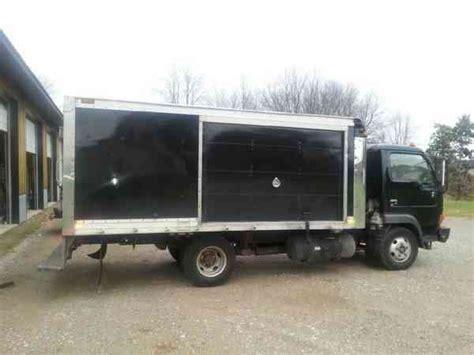 nissan box van nissan vortex ud 1200 2004 van box trucks