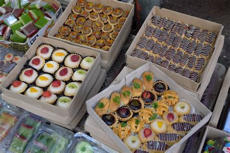 The Weekend Readfoto T Leclerecoukcom by Surga Kue Tradisional Di Pasar Subuh Senen