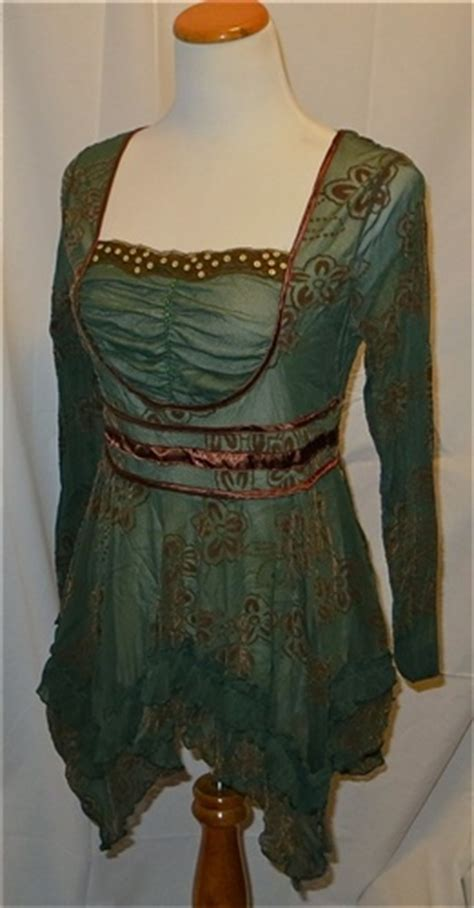 Pyramid Tunic Dress new the pyramid collection green renaissance tunic sewing inspiration and patterns 1