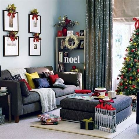 55 christmas living room decorating ideas 55 dreamy christmas living room d 233 cor ideas digsdigs