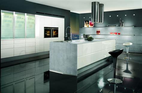 cucina con isola moderna cucine moderne con isola qualit 224 e personalizzazione