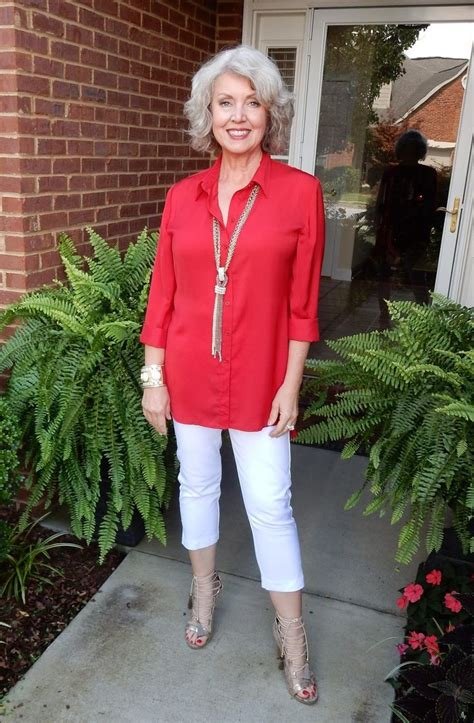 pintrest casual fashion ideas for over 50 minimalist wardrobe for women over 50