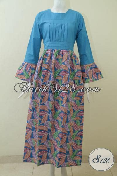 Baju Batik Warna Biru Muda jual abaya batik warna biru muda berpadu bawahan motif terbaru yang terlihat modis baju