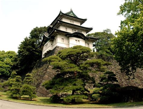 things you must things you must before go to imperial palace tokyo facts about japan