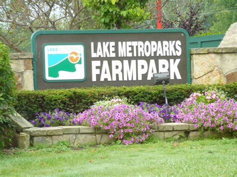 lake farm park christmas events activities in cleveland ohio