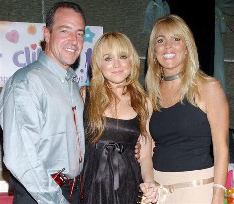 Lindsay Lohans Bodyguard Blasts Parents by Lindsay Lohan S Parents Take Responsibility For