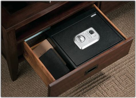 How To Add A Lock To A Drawer by Stack On Ps 5 B Biometric Drawer Safe Black