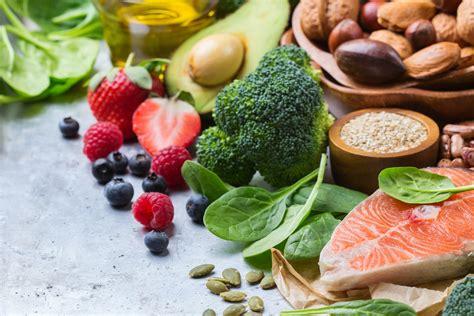 alimenti pericolosi cibi pericolosi per la salute non sprecare