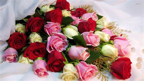 Bouquet Of Roses by Hd Image Flowers Bouquet Of Roses Wallpaper