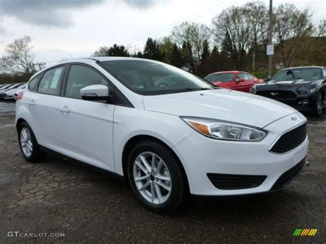 White Ford Focus by 2015 Oxford White Ford Focus Se Hatchback 103551718 Photo
