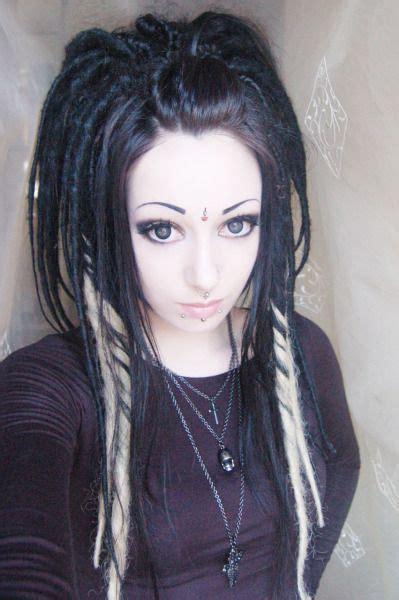 artificial dreadlock hairstyles best 20 synthetic dreads ideas on pinterest dreadlocks
