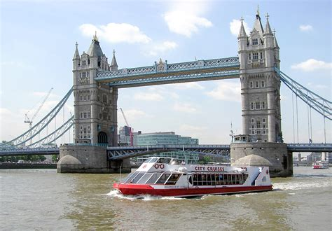 thames cruise sightseeing river red rover ticket for two c 243 mo moverte en londres transporte alternativo