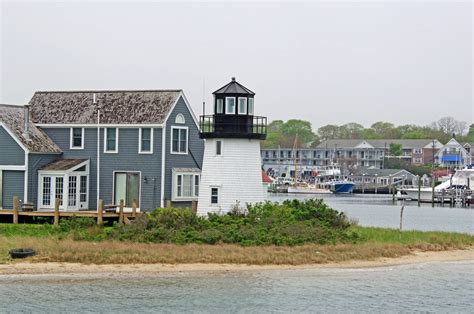 harbor point cape cod lewis bay lighthouse a k a hyannis harbor light
