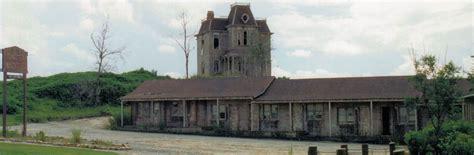 Slaughterhouse Floor Plan hallow d past houses horror night nightmares