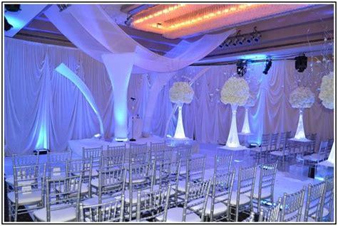 royal blue wedding decorations ideas royal blue wedding decor pictures wedding party theme decor