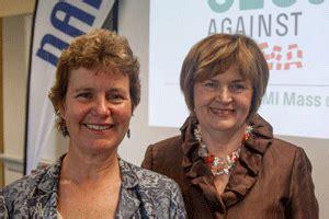 joyce murphy signs nami mass 'ceos against stigma' pledge