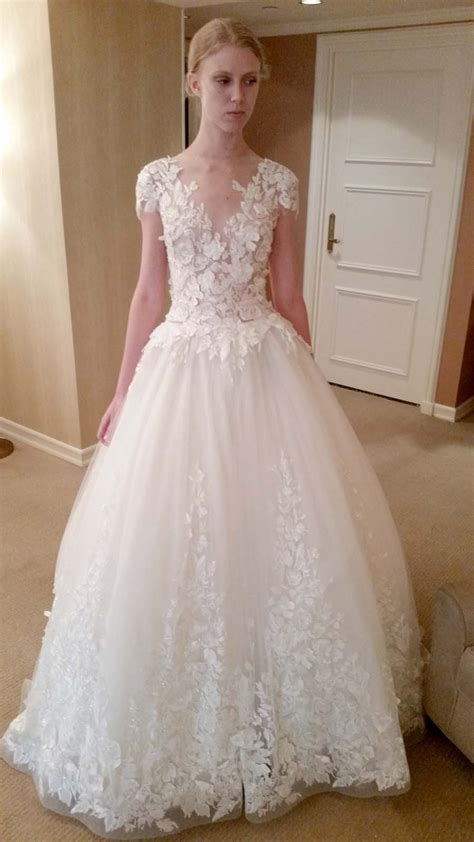 Wedding Dresses Cost by How Much Does A Vera Wang Wedding Dress Cost Biwmagazine