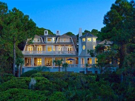 beautiful mansions 10 beautiful eco friendly luxury homes business insider