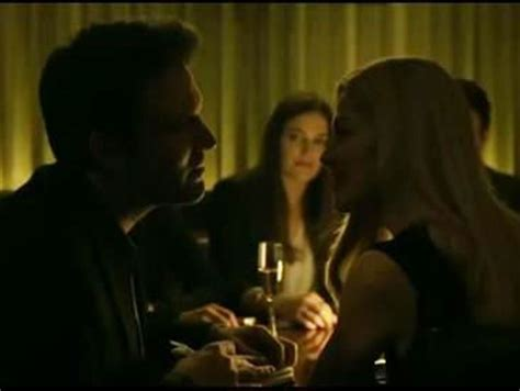 film bagus gone girl scene it before beso hollywood from gone girl los