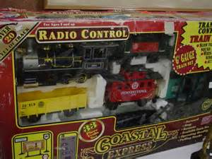 lot 240 radio control coastal express quot g quot gauge train set