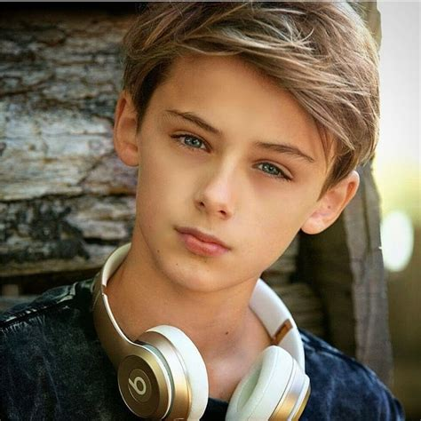 beautiful boy pictures this 12 years boy is known as the most beautiful boy