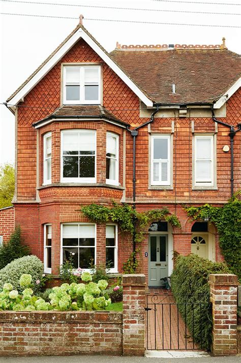25 Best Ideas About English Homes On Pinterest English House Designs Traditional Uk