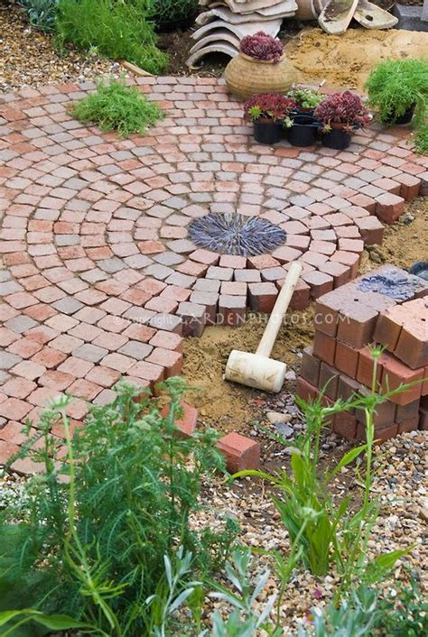 Build A Patio With Pavers Building A Patio With Brick Pavers In Garden Construction Garden And Outdoorsy Stuff