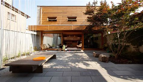 house with courtyard courtyard house blue ant studio