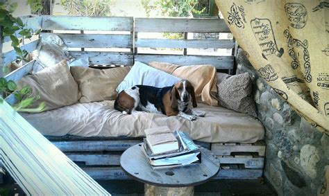 diy pallet outdoor bed dreamy daybeds julie whereweareblog s clipboard
